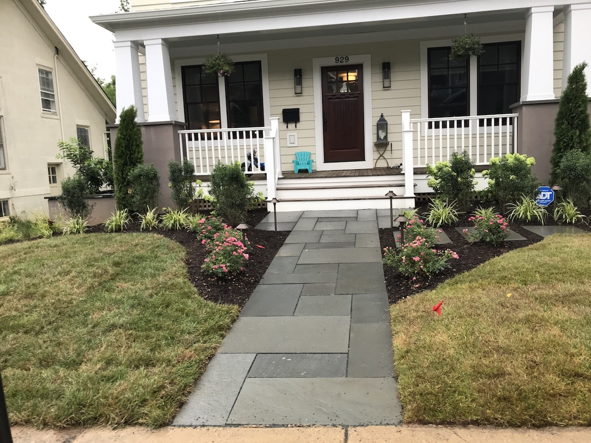 Landscaping Photo 29