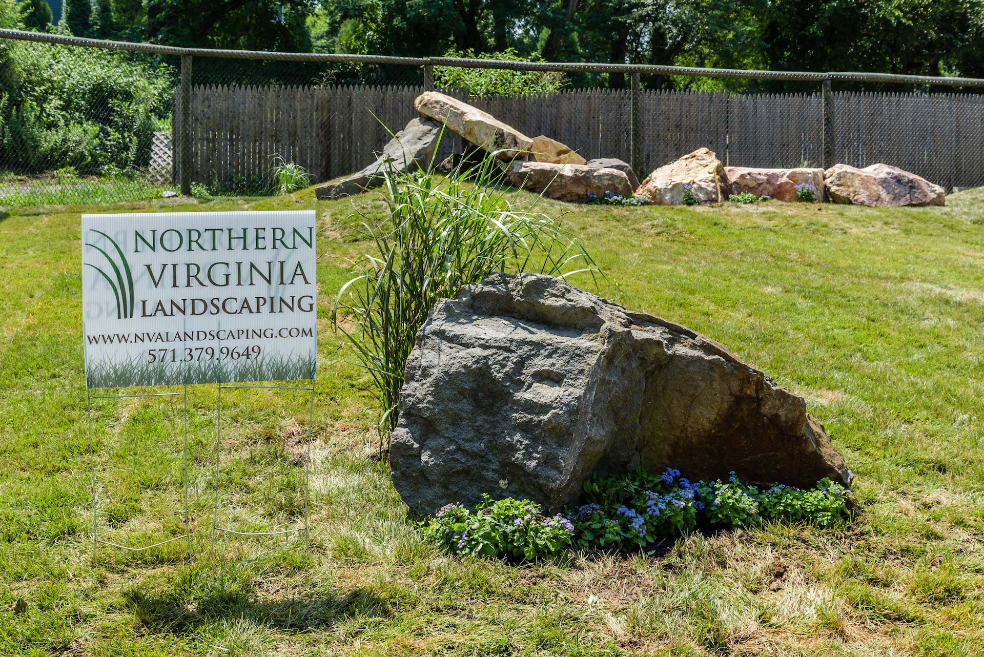 Landscaping Photo 38